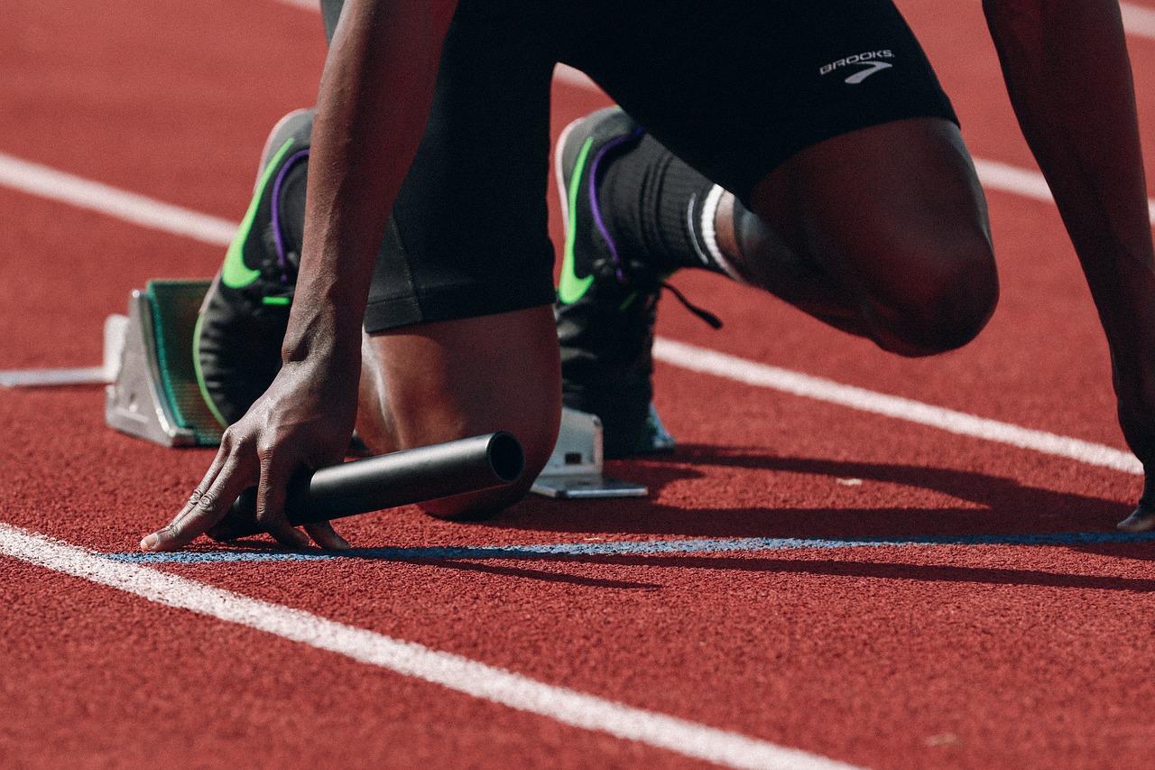 Bayrak Koşusu Ya da Bayrak Yarışı Kuralları Ve Türleri