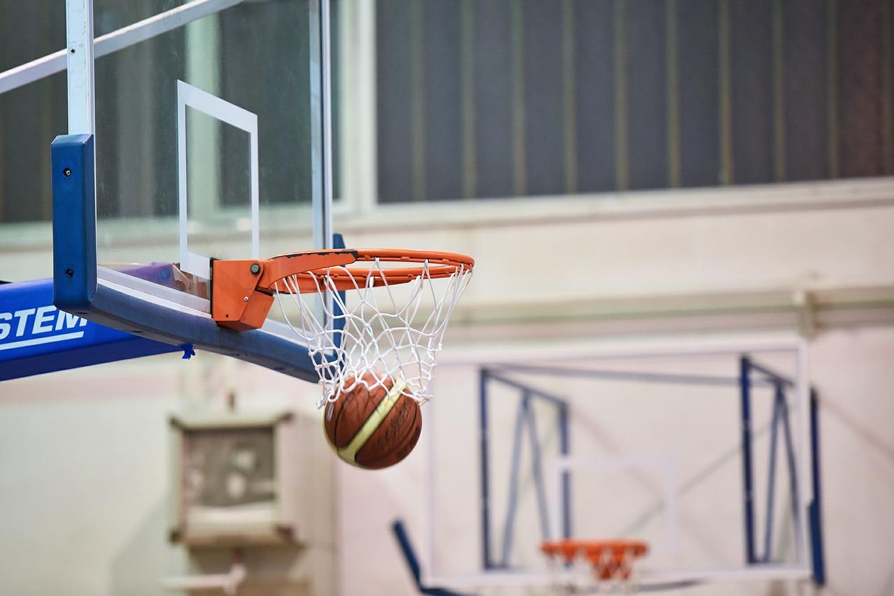 Basketbol Nedir? Nasıl oynanır? Kuralları, saha ölçüleri, süresi ve tüm detayları